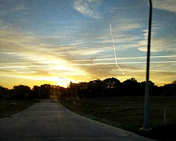Beautiful Sunset Beautiful View OneLove Tranquility Peaceful Place Goodvibes Moments Of Life Fortworthtx photography themes Outdoors Front View Wireless Technology Selfie Sunset Skyline Skyporn Cloud Clouds And Sky Colors Portrait Photography Photooftheday Photographer Photojournalism Photos