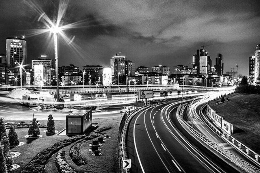 Good night all Canon 7D / 10-20 mm F/20 30sn İSO-250 20mm Istanbul Canon7d  Zincirlikuyu Longexposure Blackandwhite Istanbulofthenight Nighttravel Bw Ig_istanbul Ig_night Ig_landscape Metrobus Photo Photography Photoofthedays Landscapephotography Nightphotography Followme Shrqan Instagram EyeEm 500px Flicker Workout Cars araba colorslightbright phsk