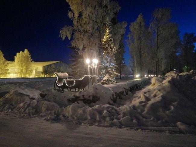 Light And Shadow Nightphotography Night Lights Magical Romantic Breathtaking EyeEm Best Shots Ivalo Finland Sleigh