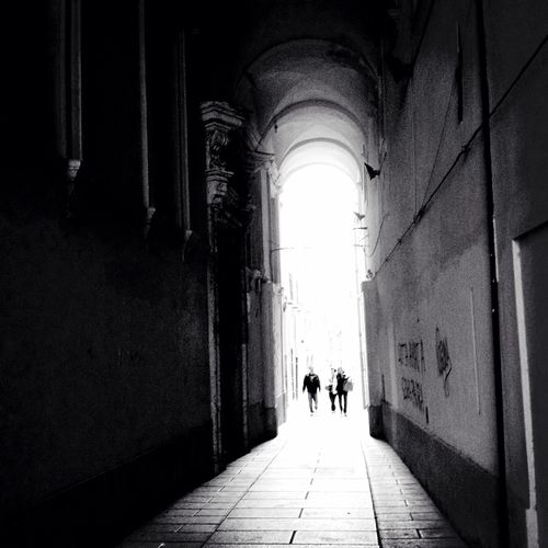 We are in the right direction NEM Submissions Silouette EyeEm Bnw NEM Black&white NEMstreet Vanishing Point