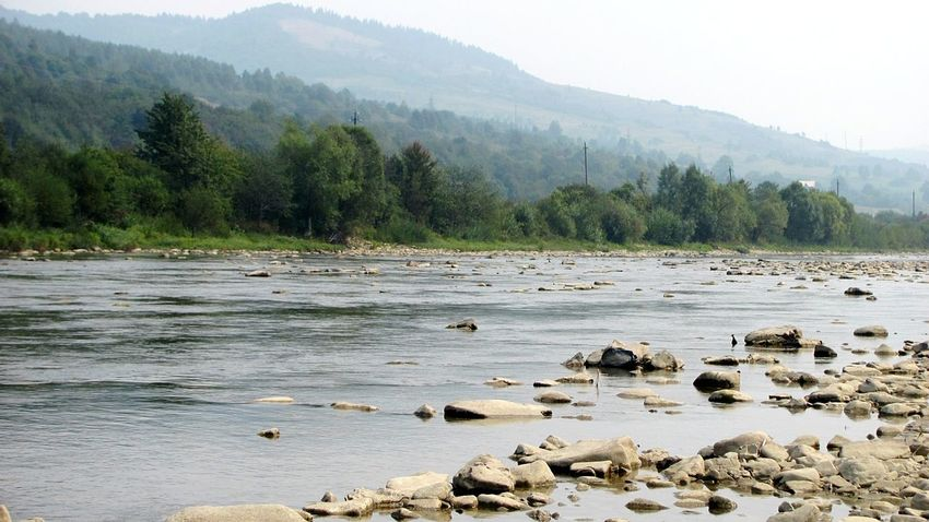 Forest Mountains River Nature Carpathians Relaxing Sammer