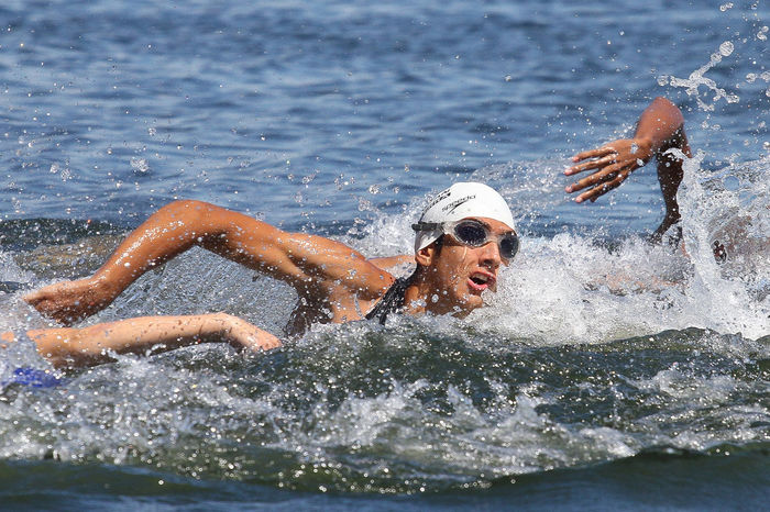triatlon Nadando Nadar TRIATHLON Adult Agua Athlete Competition Effort Eyewear Ironman Leisure Activity Lifestyles Men Motion Nature Outdoors People Real People Splashing Sport Swimming Swimming Cap Water Waterfront Young Adult