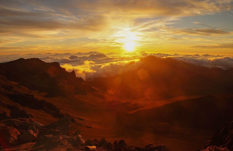Volcanic Crater Over The Clouds Sunrise Haleakala National Park Hawaii Sky Beauty In Nature Scenics - Nature Cloud - Sky Environment Nature Sunlight Majestic