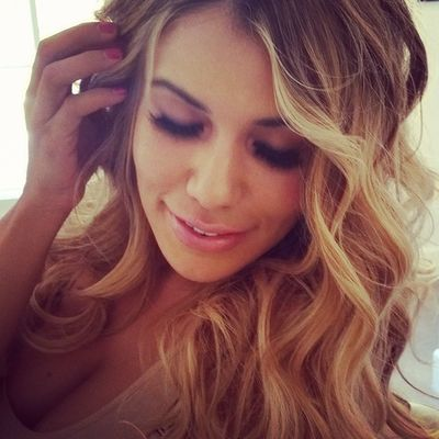 Beautiful Blonde hair. Volume and loose waves. Blowoutoftheday Blowout Curls Hairinspiration hairstyle BBlogger hblogger scissorsalute blowout blowdry blonde blondehairdontcare