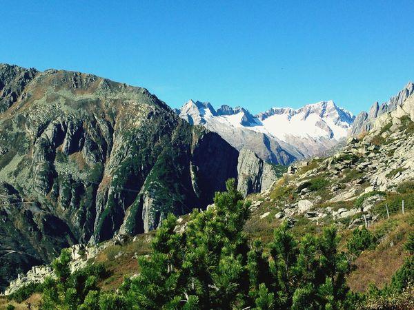 Andermatt  Switzerland Schweiz Zentralschweiz Alps Swiss Alps Hiking Hikingadventures Wandern Alpen Schweizer Alpen Schweizer Alpenkette Switzerland Alps The KIOMI Collection