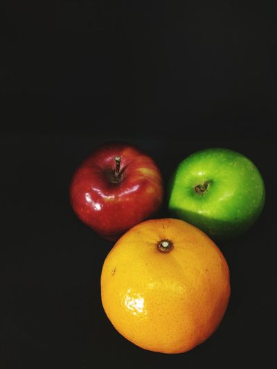 Fruit Healthy Eating Food Apple - Fruit Food And Drink Still Life Freshness Studio Shot Black Background Indoors  No People Close-up Social Issues Red Healthy Lifestyle Sweet Food Dieting EyeEmNewHere Stockphoto EyeEm Selects EyeEm Best Edits Apple Red Apple Red Apple Fruit Apple Fruit