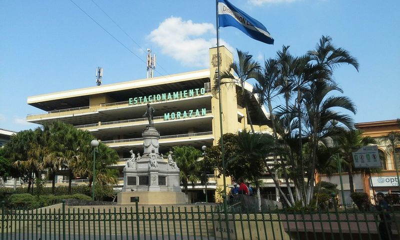 ElSalvador  Cityscapes Flag Beautiful Flag Sansalvador Beautiful Place Places Urban Geometry Taking Photos Statue