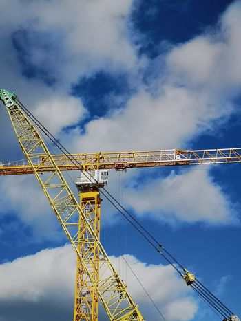 Crane abstract forms EyeEmNewHere Industry Technology Cable Complexity Blue Sky Girder Crane - Construction Machinery Tall - High Construction Overcast Tower