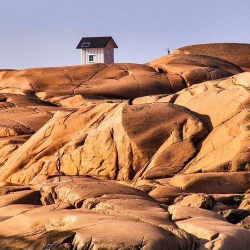 Little_house_on_the_rock Rocksandstones Bohuscoast Swedenwestcoast Ig_sweden Nature_pd Nature Loves_sweden Sweden-landscape Swedishmoments Bohuslän Bohusgranit Lonelyplanet #igtravel #mytravelgram #travelingram#instatraveling #TURISTBRAND #turistravel #cooltravel #lifeonthemove #sweden #igerssweden #ig_sweden #sverige #🇸🇪 #swedishmoments #visitsweden #swedish #swe #travelsweden #scandinavia #scandinavian Nature_collection Landscape_collection EyeEmNatureLover Travel Destinations