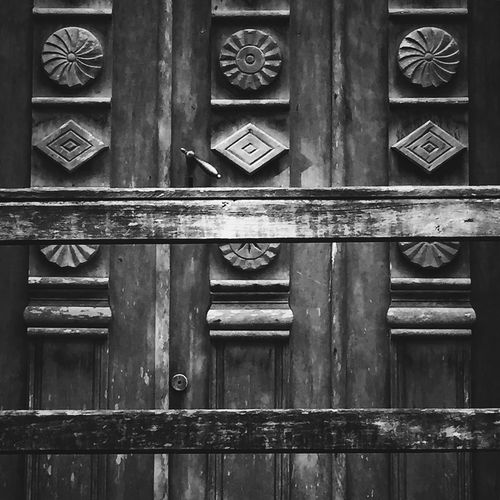 Wood - Material Day No People Close-up Full Frame Outdoors Wood Door ShotoniPhone6s Architecture Old Buildings Old-fashioned Old Town Countryside Country Life