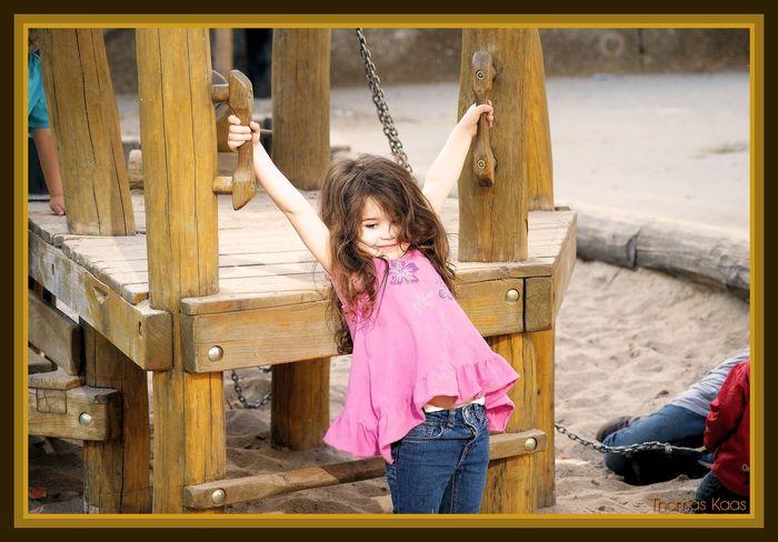 Julia - Jeans Model