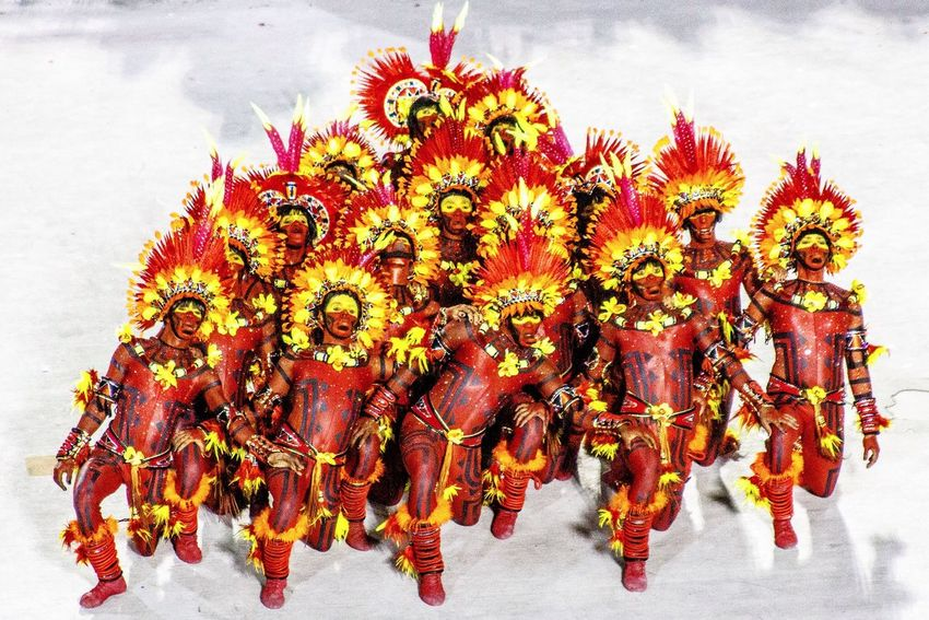 Colors Of Carnival Rio De Janeiro Carnival Carnaval Salgueiro Escola De Samba Rio Brazil Brasil Art Beautiful Dance Here Belongs To Me Carnival Crowds And Details