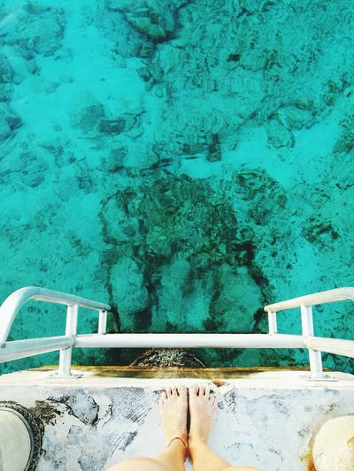 Sea Sea Life Seaside Sea View Foot Footprints Feet Water Swimming Pool Close-up Architecture Built Structure Green Color Turquoise Green Turquoise Colored Greenery Water Drop Poolside