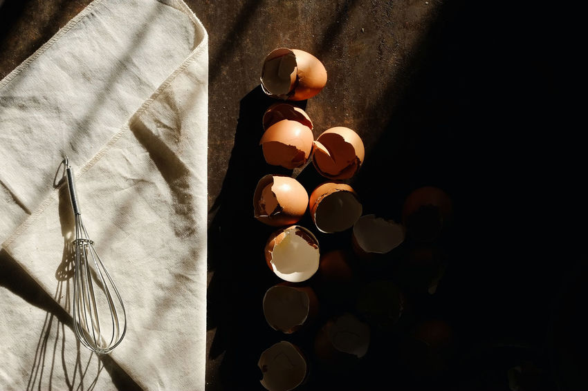 Backgrounds Cooking Cooking At Home Egg Shells Egg Whisk Healthy Eating Indoors  Kitchen Kitchen Utensil No People Shade Window Light Window Light, Shadow,