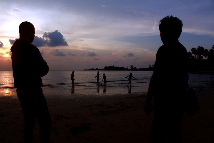 overseeing Beach Culture Dailylife Dompakisland Holiday INDONESIA Kepulauanriau Ketanjungpinanglah Lifestyles Outdoors Overseeing People Playing Sea Silhouette Sky Standing Sunset Tanjungpinang Tanjungsiambangbeach Travel Traveldestination Water Wonderfulindonesia Wonderfulkepri