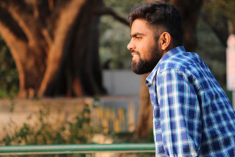 Leisure Activity Focus On Foreground Lifestyles Real People Casual Clothing Outdoors Beard Side View Handsome Men Close-up Canonphotography Canon_photos Canon700D