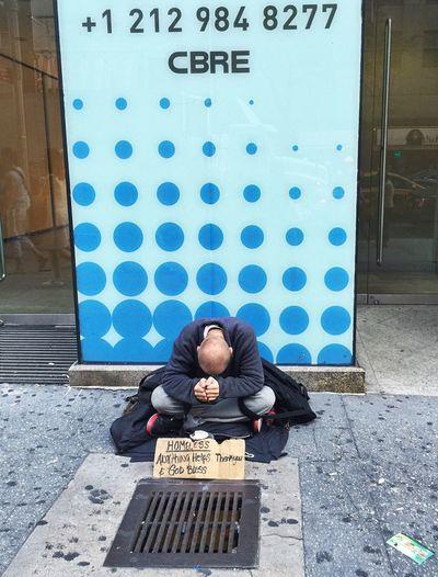NYC Street Photography Homeless EyeEm Iphonephotoacademy Iphonephotographyschool People Photography People And Places