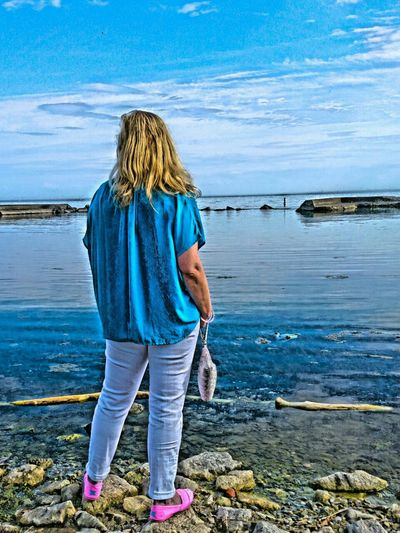 Enjoying the lakeside views on a long weekend. Thanks Paul for the beautiful picture taking skills and edit...love it 😘 Taking Photos Photography Photooftheday EyeEm Best Shots Hdr Edit Blue Colours Water Lakeshore Lakeontario