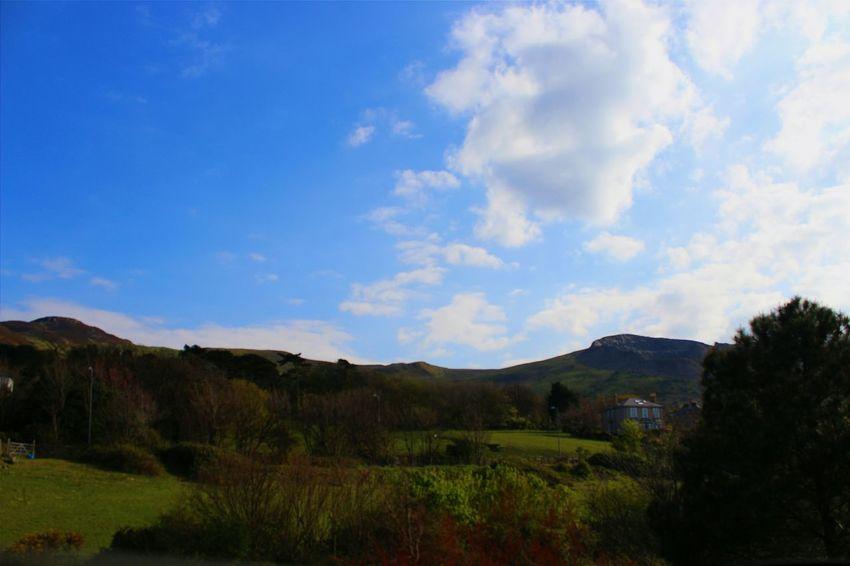 Wales Landscape Beautiful Peaceful Summer Bluesky Sunny