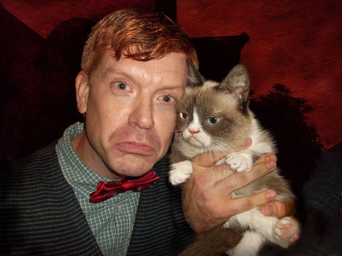 "Me and Grumpy Cat in ""Grumpy Cat's Worst Christmas EVER"" Haha so fun to make this movie for you all. Had a blast! <3 Actor Adult Cat Cats Christmas Disney Domestic Animals Domestic Cat Feline Friendship Grumpy Cat Grumpycat Indoors  Looking At Camera Love Mammal Men One Animal One Man Only One Person Only Men People Pets Portrait Real People"
