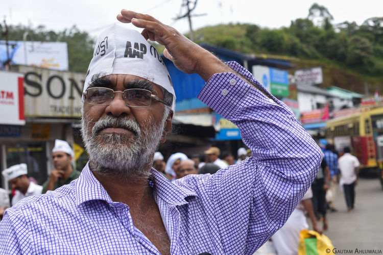 Kerala Lost Old Man Person Politics Sri Lanka Street Streetphotography Thinking White Beard Worried