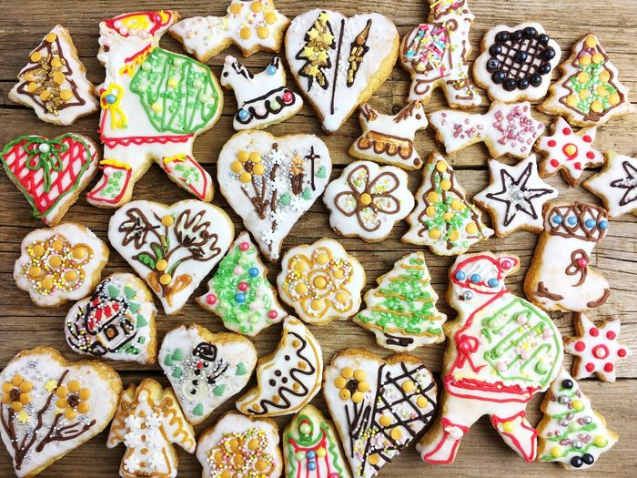 Large Group Of Objects Cookie Food And Drink Multi Colored Food Directly Above Variation Baked Choice No People Abundance Indoors  Still Life Holiday Pattern Sweet Food Creativity Christmas Design Indulgence Gingerbread Cookie Icing Floral Pattern Snack