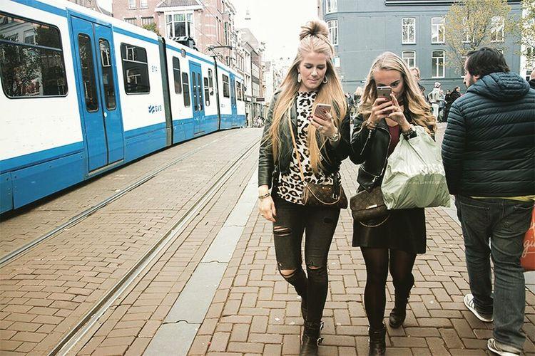 Smart Phone City Communication amsterdam Amsterdam Girl Train - Vehicle Holland