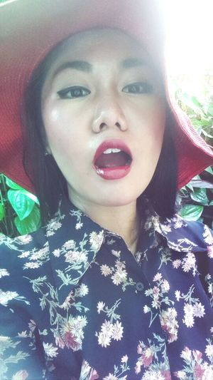 look my lips Taking Photos Potrait Red Lipstick Makeup