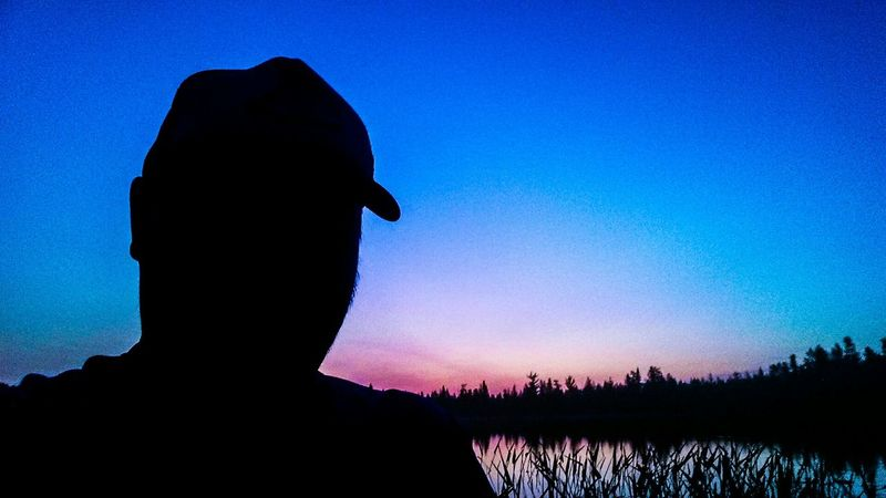 Selfie ✌ Gone Fishing Sunrise Sunrise_sunsets_aroundworld Reverse Selfie EyeEm Nature Lover Silhouette Sunrise Silhouette Colorful Sky Protecting Where We Play