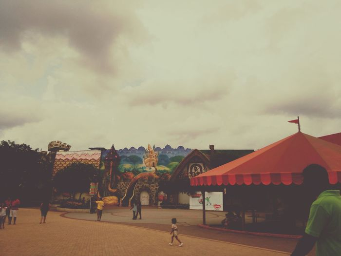 Colour Of Life Themepark Themeparks Clouds And Sky Helloworld Hello World ✌ Taking Photos Check This Out Relaxing Hi! Enjoying Life Awesme Eyemphotography Hello World Eyem Gallery Having Fun :) Colorful