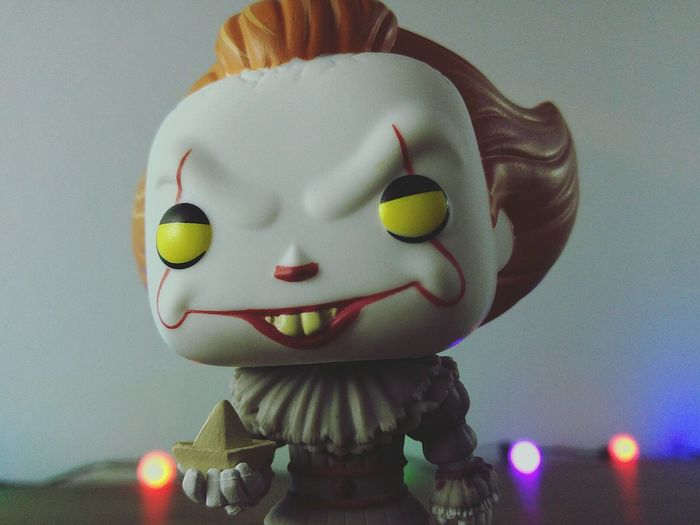 Pennywise Funko Funkopopvinyl Funkopopaddict Horror Toys Collection IT MOVIE Movietime  Clown EyeEmNewHere Horror Movies First Eyeem Photo Toy Photography Vynil Lovers Popular Photos Movietheater Nightphotography DSLR Amateur