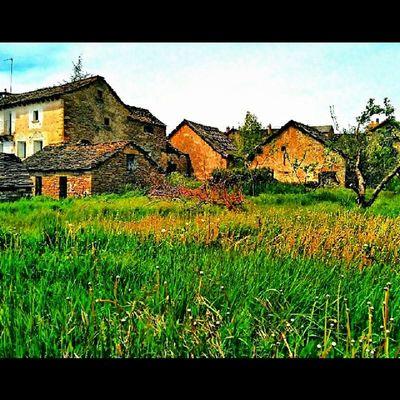 Pueblo de aragon SPAIN Molome
