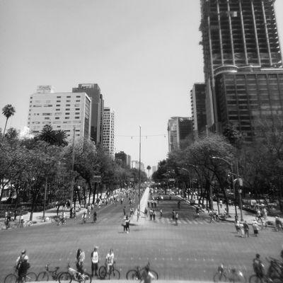 Me imagino un ciclotón hace 50 años. RunningBike PaseoDeTodos Cicloton Streetphotography
