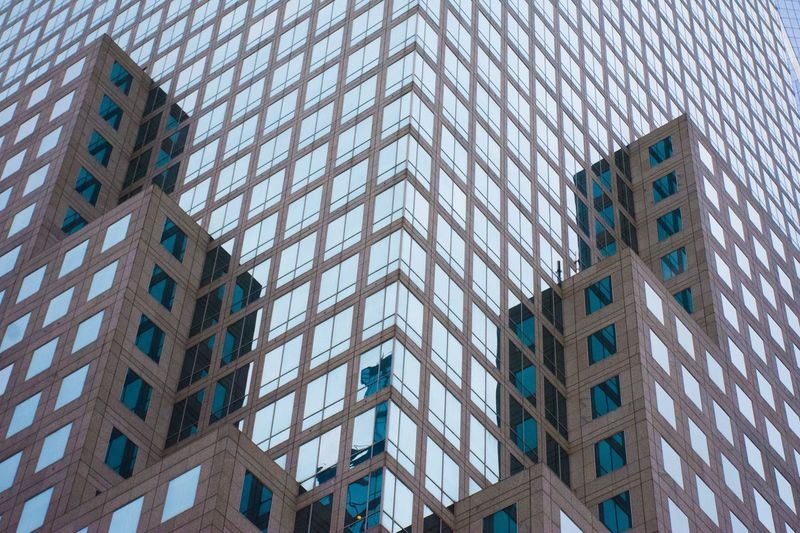 EyeEm Selects Built Structure Building Exterior Architecture Low Angle View Building Window No People Office Building Exterior Office Glass - Material Full Frame Repetition Skyscraper Pattern Outdoors In A Row Modern City