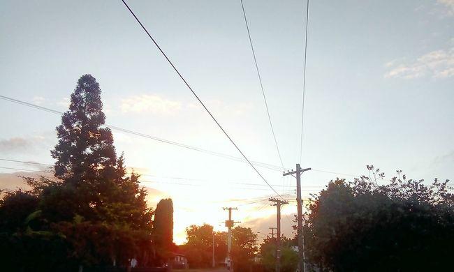 Its All Good in the Hood!!!!!!!!!! :) Enjoying The Sun No Fliter  Sunset IrenesPics