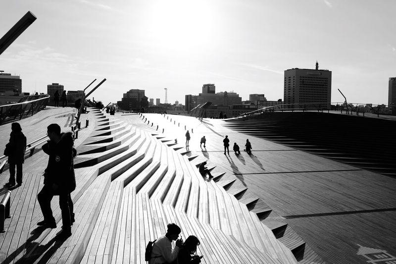 集う人と影 Oosanbashi Yokohama Blackandwhite Photography Shadow Shillhouette