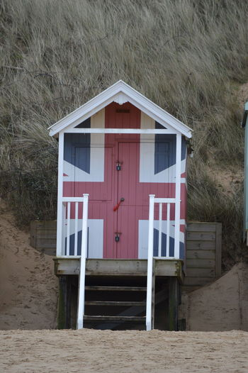 Beach Beach Hut Beach Huts Beach Life Beach Photography Beachlife Beachphotography Union Jack Wells-next-the-Sea