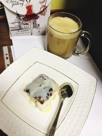 Полдник (кофе с молоком 0%, творожная запеканка, чуток сгущённого молока)😋
