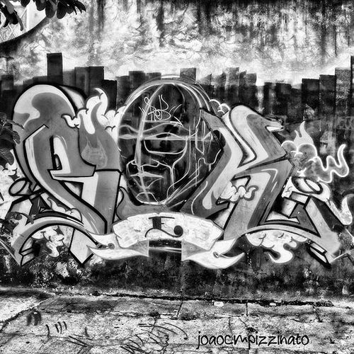 Graffiti Graffitiart Art Streetart UrbanART Streetphotography Urban Streetphoto_brasil Blackandwhite Ig_contrast_bnw Amateurs_bnw Bnwmood Bnw_kings Bnw_planet Bnw_captures Top_bnw Paulistanobw Bnw_lombardia Instapicten Top_bnw_photo Flaming_abstracts Mundoruasp Olhonaruasp