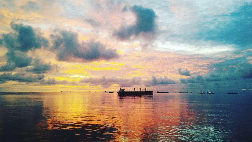 Nautical Vessel Horizon Over Water Day Nature Beauty In Nature Dramatic Sky Reflection No People Seamanlife Eyeem Philippines Marino Helloeyeempeople Sunrise