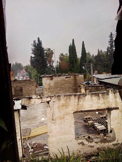 Abandoned Places Outdoors Abandoned House Abandoned Building İt:s Rainy Today. 💙 Raining. Beautiful Day .