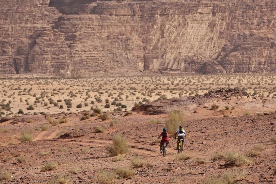 Edge Of The World Mountain Biking in Jordan with Hans Rey and Dave Watson, amongst the Beauty of Wadi Rum