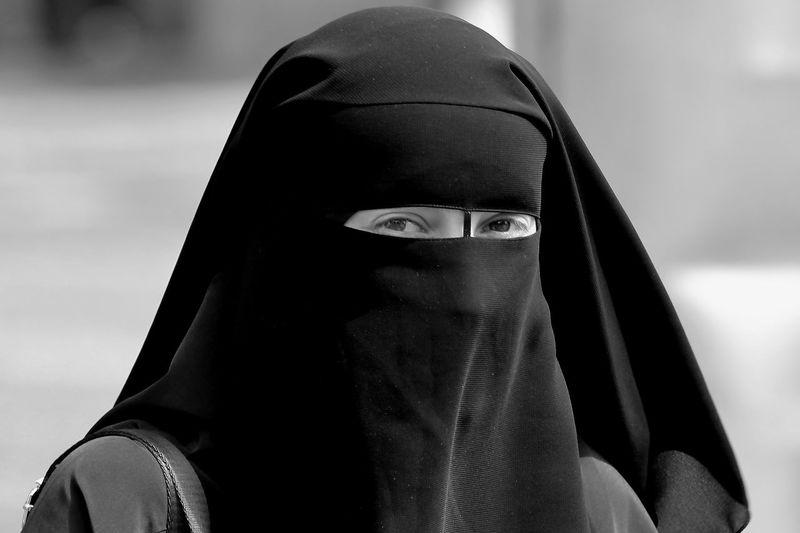 Woman Hijab Burka  Blak And White Close-up Headscarf Religious Dress Islam