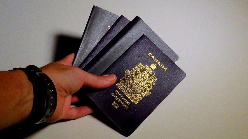 Identity Passport Passeport Canada Canada Canadian Passport Immigration Customs Government Issued Illegal