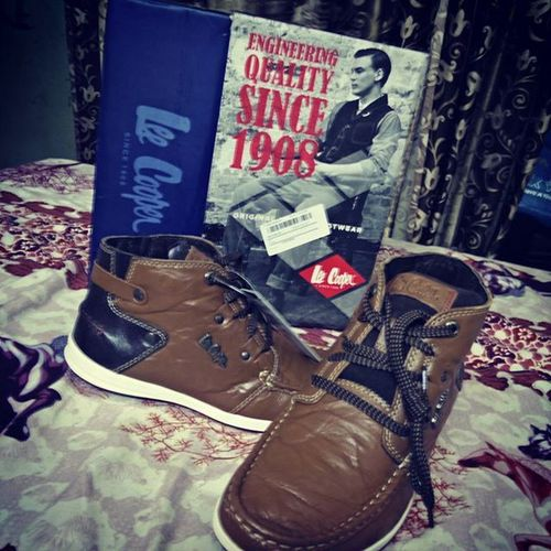 New shoes... New steps.. New phase for a new journey ...!!! 😊😊 Feelingexcited Shoecollection Instapic Lovingit Lovetoshop Leecooper Randompic Brandingdesign MyFirst Brownboots Newjourney Allthebesttome Selfobsessed ...