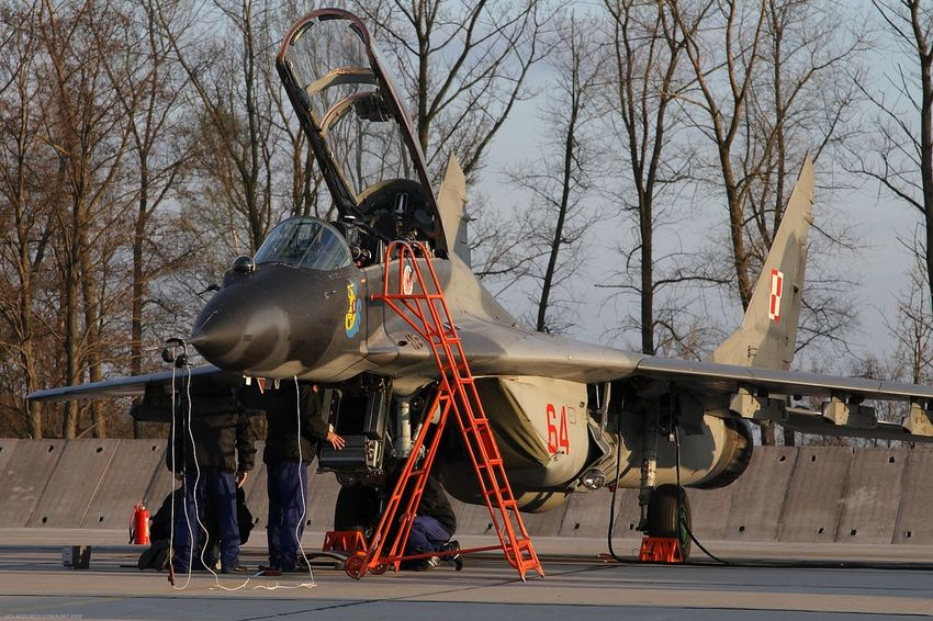 Air Force Aircraft Aviation Base Fighter Fulcrum Maintenance Maintenance Work Mig Mig-29 Mikoyan I Gurevich Mikoyan Mig-29 Smoker Sunset