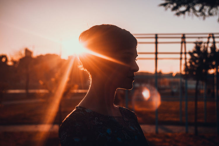Sunset Lens Flare One Woman Only One Person Back Lit Young Adult One Young Woman Only Only Women Adult Sunlight Adults Only Sunbeam Young Women Silhouette Sun Women Outdoors People Beautiful Woman Dusk EyeEm Ready