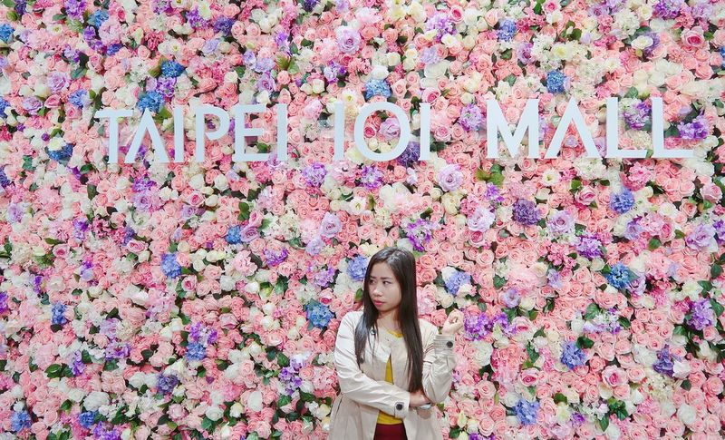 Taipei 101 Mall Flower One Person Front View Adult Only Women Adults Only Standing Day Young Women Portrait One Woman Only Real People Women Multi Colored Smiling People Nature Beautiful Woman Outdoors Beauty