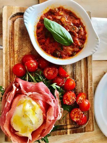 Mangiareitalianoalondra Prosciutto Crudo Italianfoodinlondon Food Food And Drink Freshness Indoors  Tomato Ready-to-eat Healthy Eating
