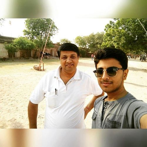 With DaD <3.... Insta_selfie New_googles Loved_it